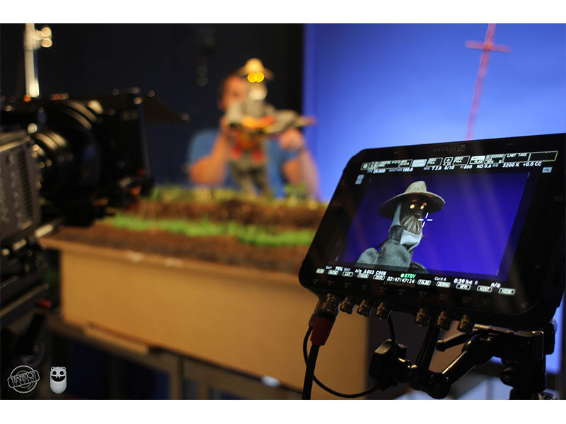 monitor filming animation