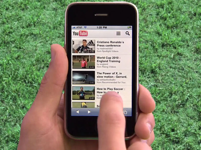 A Quarter Of All YouTube's Traffic Is Now Mobile