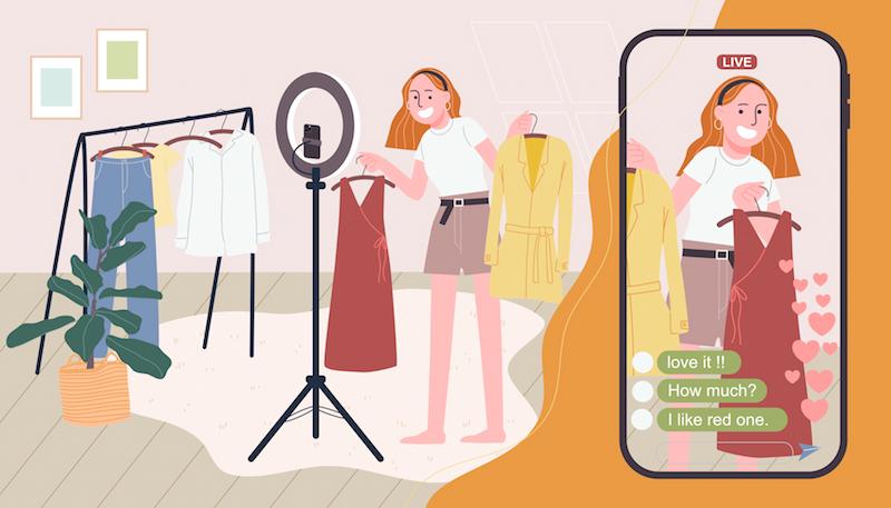 fashion influencer live streaming on tiktok